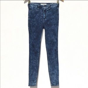 Acid washed high waist 26 r jeans